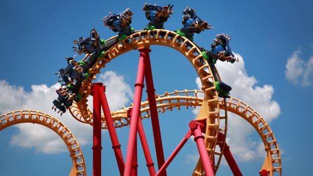 研究證實:搭雲霄飛車能疏通腎結石,最有效的黃金座位在...