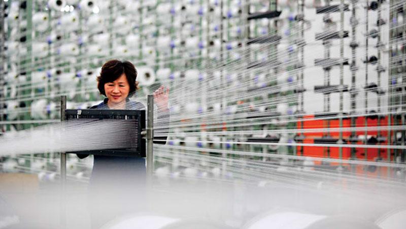 自動化工廠將「無人可管」,一向以管理勞工著稱的台灣傳產業,必須思考智慧機械浪潮下如何發展新優勢。