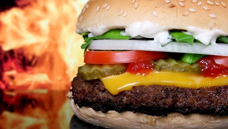 """hamburger""和""burger""差在哪?有關食物的4種英文迷思,一次告訴你 - 商業周刊"