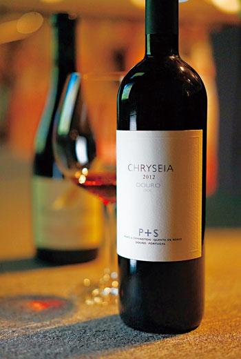 斗羅是專門為非加烈的葡萄酒所設定的法定產區