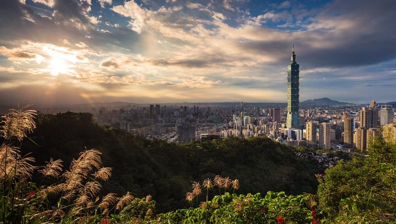 「台北城市的細節是成熟少女的胸...而大陸...是矽膠」中國知名作家首次到台灣的觀察