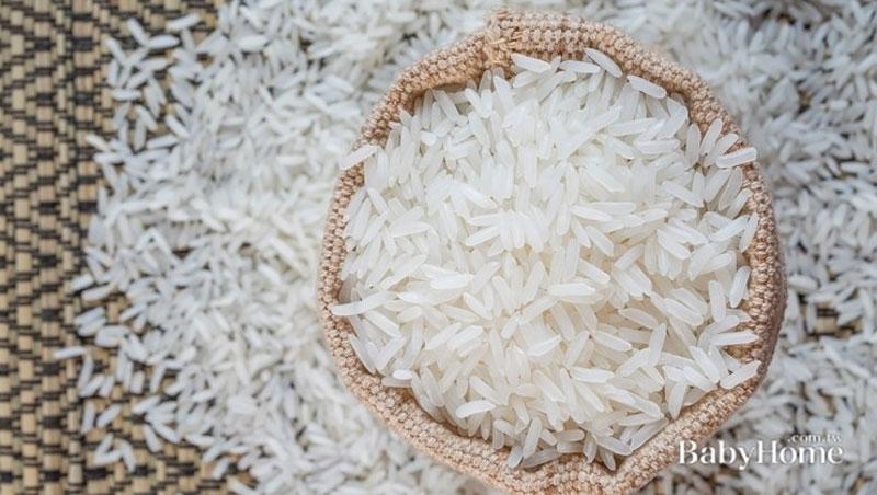 別以為只看米種和產地就夠了!胡天蘭教你一招,到量販店也能「挑好米」