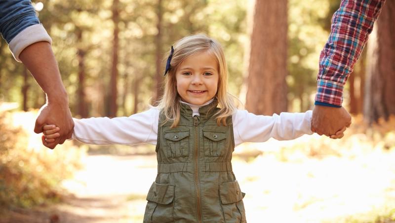 美國研究:「貧窮」對小孩的影響力,比雙親是同性或異性戀還要大!