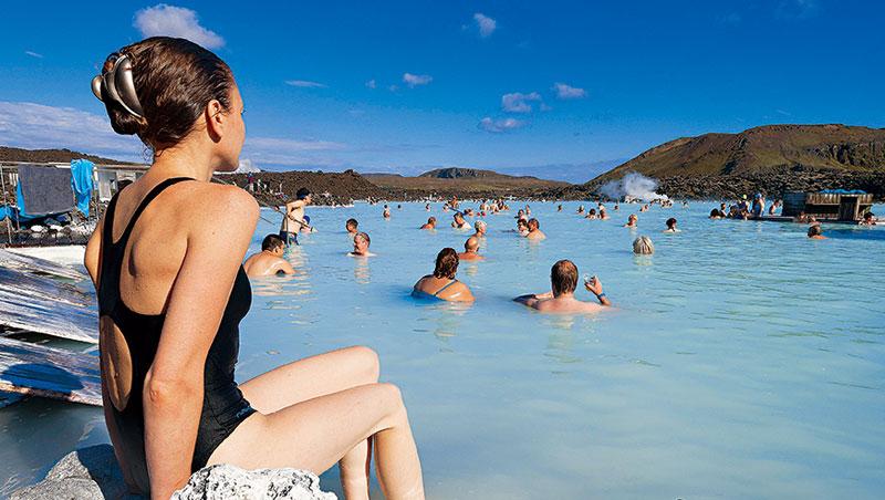 根據全球最大半自助青年旅遊業者Co n t i ki統計,冰島的藍湖榮登千禧世代最想去的景點。