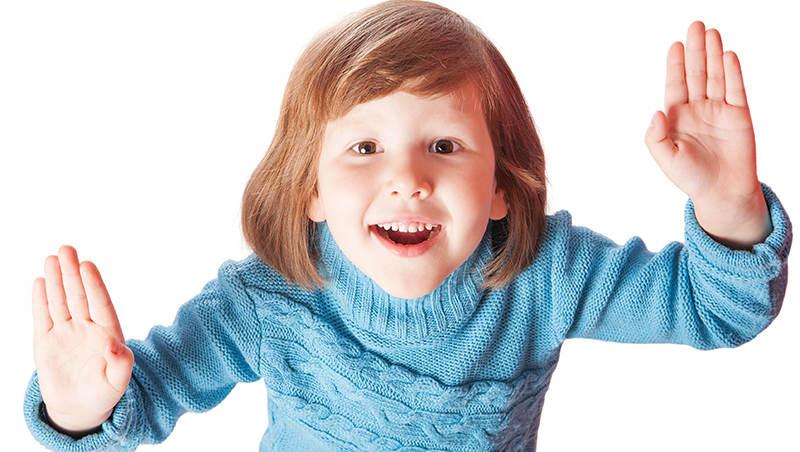 在德國養小孩有什麼不一樣?小孩不用急著「叫人」,先學會「打招呼」跟介紹自己