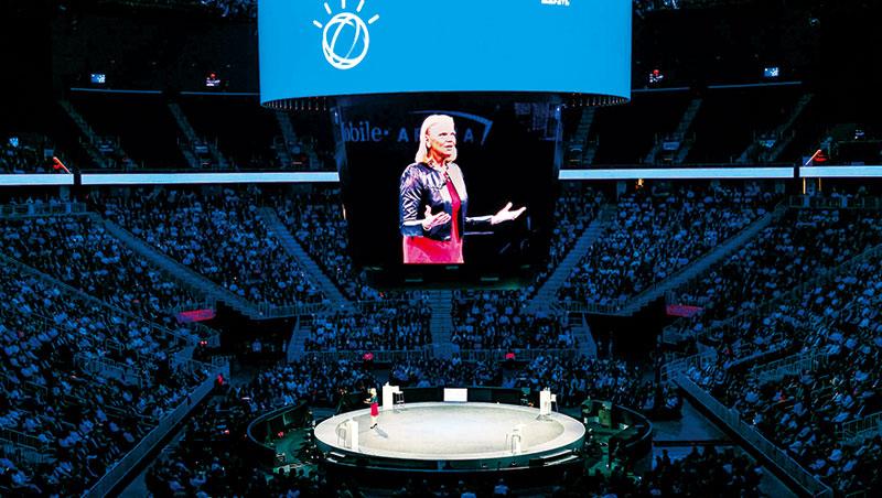 IBM首位女執行長羅梅蒂(圖),是帶領IBM走出轉型陣痛期的關鍵。