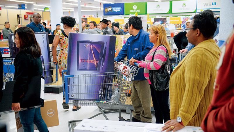 景氣循環加上信心回溫,美國內需消費已成全球經濟成長動能,台灣的電動裝修工具、水龍頭、戶外用品製造商,受惠最大。