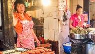 上海賣涼糕的女孩,給台灣人的警示》被開罰單、遇奧客...她跪在廁所狂哭後告訴自己:沒有崩潰的資格