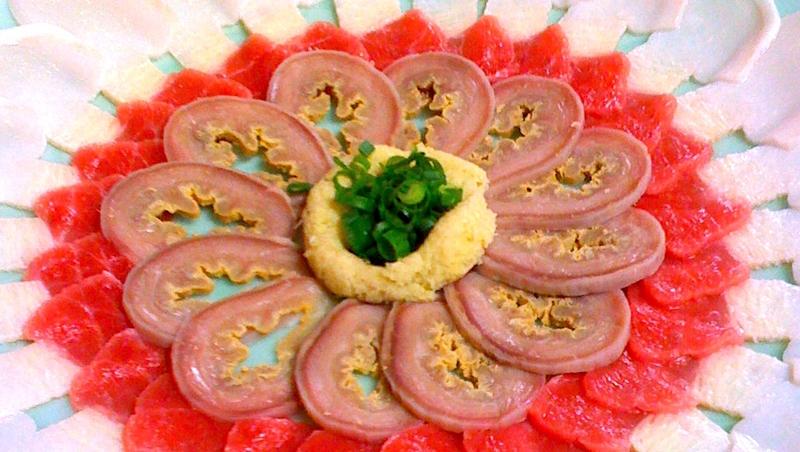 別陶醉在「日本真好」的幻想》連學校都提供鯨魚肉!為何被國際抨擊,日本人仍堅持要吃?