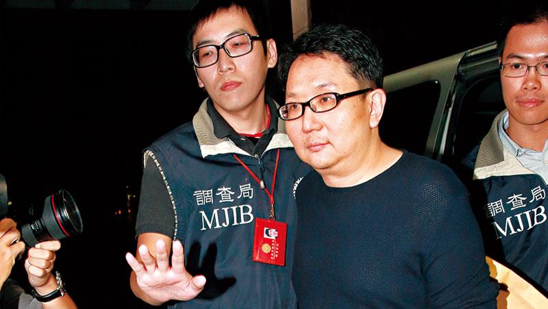 許金龍(圖中)政商關係良好,爆發掏空案,樂陞獨立董事陳文茜、尹啟銘也成了被告。