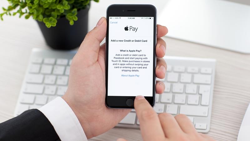 台灣終於可以用了!嗶一下秒結帳,一次搞懂Apple Pay到底跟信用卡有什麼不一樣?