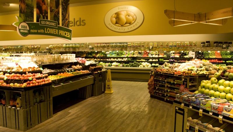為何超市入口處,一定會放蔬菜和水果?店頭陳列,藏著讓你願意掏更多錢的秘密