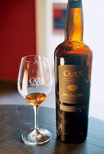 Rivesaltes,法國南部Languedoc-Roussillon區,簡稱為VDN的自然甜味葡萄酒產區,生產多種類型的加烈甜酒,有紅酒也有白酒。