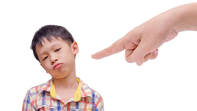 碗洗了沒?功課寫了沒?給全天下追求「紀律」的父母:好習慣,不是罵出來的