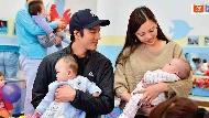 麥特戴蒙無論到哪裡工作,都帶著4個孩子在身邊...王力宏:家人在哪裡,家就在哪裡
