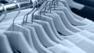 天氣熱更要穿「內衣」!領口發黃、鬆垮...穿對貼身衣物幫你守住荷包、打造專業形象