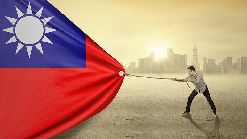 「幫傭找越南、服務生找台灣...」台灣人才外流困境:再不救低薪,輸出當台勞!