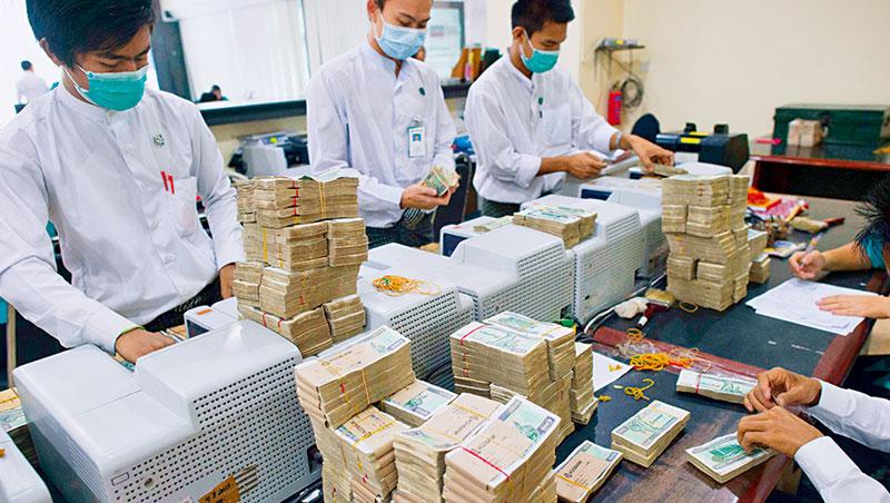 緬甸部分偏遠地區銀行雖沒有電腦,但手機網路快速普及,未來可望跳過傳統銀行,進入Fintech。