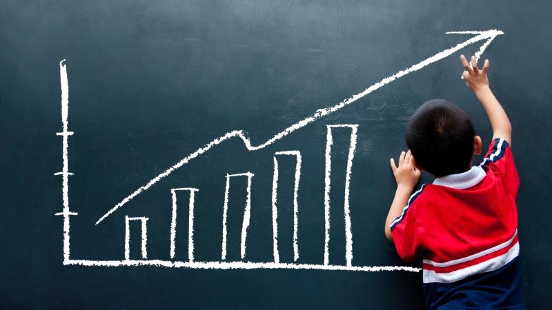 收集700多名兒童,從12歲追蹤到52歲...研究發現:「不聽話」的小孩,長大更富有
