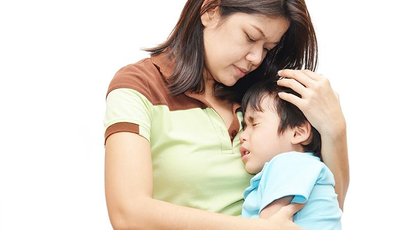 孩子最不可愛的時候,其實是他最需要愛的時候!一個資深社工:小孩生氣,是對自己失望