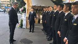 遭同業圍毆、車子被開十多槍、員工嚇到跑光光...台灣殯儀霸主:比起怕鬼,我更怕失敗