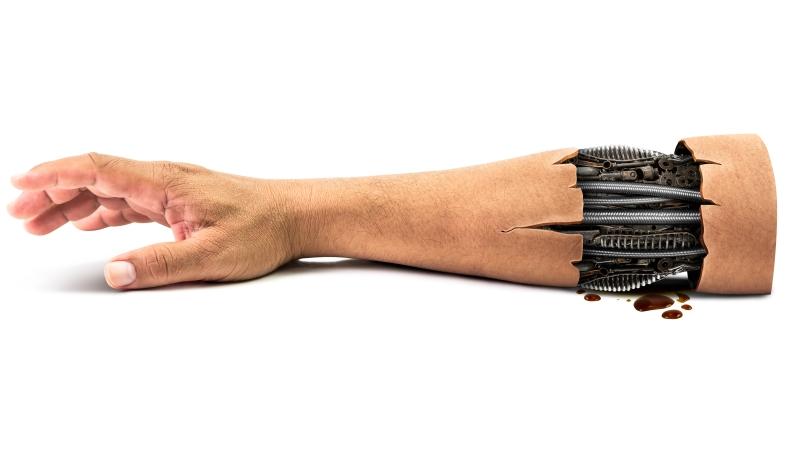 科學家最新研發!將這款「電子皮膚」覆蓋在義肢上,不但能產生「觸覺」,還可監測血糖