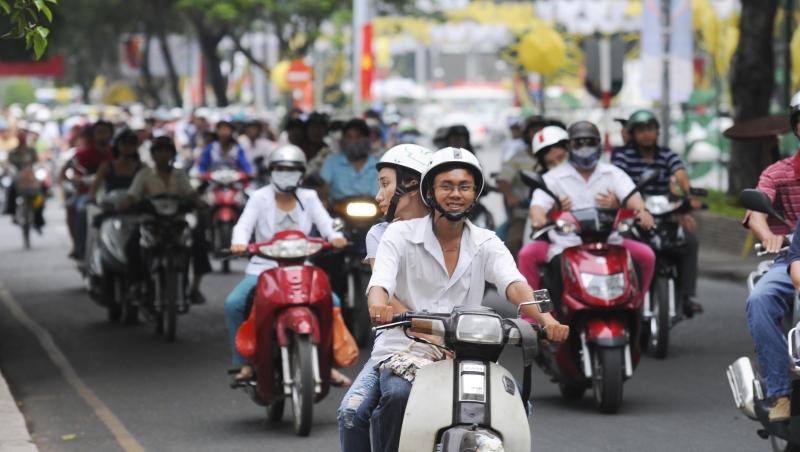 台灣年輕人跑去東協淘金,但台灣賺不到東協的錢!小英的「新南向」為何救不了經濟