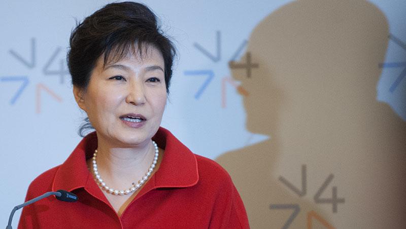 自殺、被暗殺、入獄...細數歷屆韓國總統悽慘下場,青瓦台的風水究竟出了什麼問題?