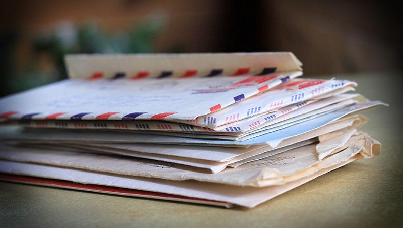 媽媽很後悔,在妳國中時丟掉那些男生寫給妳的情書...一篇交換日記讓母女解開心結