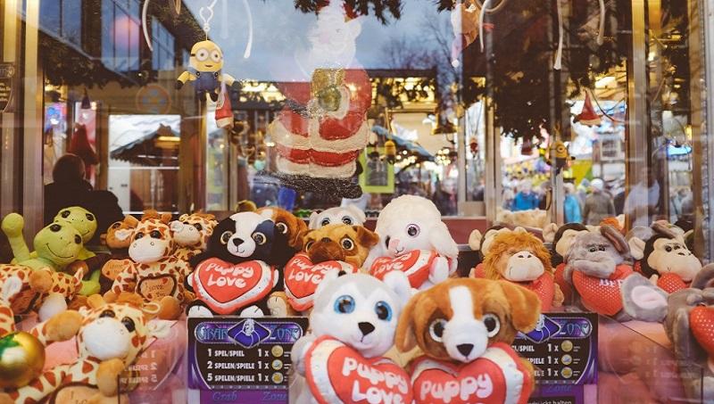 中國最賺錢新行業: 夾娃娃機》一台年收百萬,毛利90%