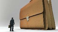 包包越大,人生越不幸!小包包教我真正重要的事:什麼都想帶,就等於什麼都沒帶