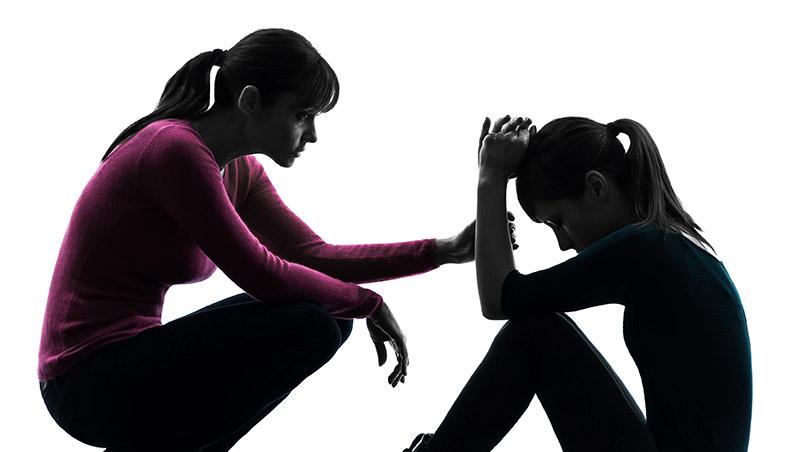 目擊16歲女兒被30歲男友揉胸...爸爸的一個耳光及媽媽的千字和解信