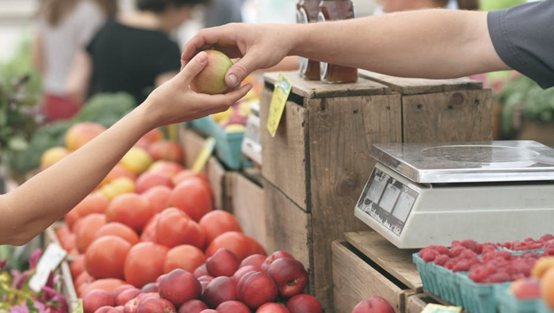 商品任你挑,金額隨你付!澳洲這家超市專賣「被丟掉」過期商品,成功拯救2萬噸食物