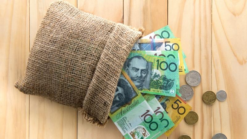 台股萬點散戶無感》不想眼巴巴看著「外資」賺,大戶:除了強勢股...可以買澳幣!