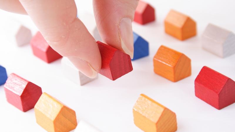 房貸利率殺至1.5%!實際算給你看:除非5年內房價漲10%,否則現在買房根本沒撿到便宜