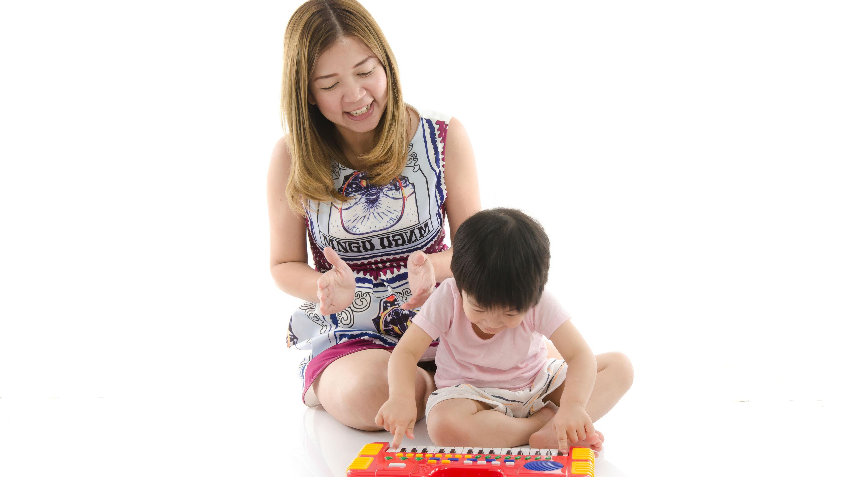 為什麼森小的暑假作業是「每天給家人一個讚美」?暑假是親子關係緊張的高峰期,這篇讓你免驚!