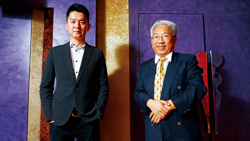 數字科技 董事長廖世芳(右)、總經理吳聰賢(左)