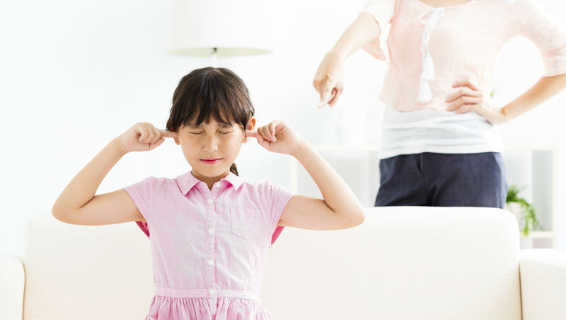 「我是爛人,誰願意跟我當朋友?」一個被霸凌者的告白,父母的指責,常是孩子最初的傷口