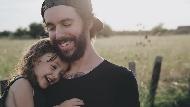 「挑男人,要看吵架後對你的態度!」一個兩性作家爸爸給女兒的10句中肯建議