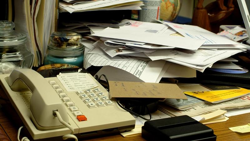 下班別急著離開!先把辦公桌整理乾淨,竟能提高隔天的工作效率