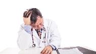 腫瘤權威醫師罹癌告白:當全身麻醉插滿管子...我懊悔之前拼命工作,忽略家人