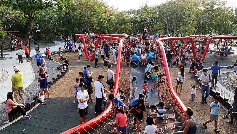 不用特地出國!森林迷宮、全台最大戲沙池...暑假溜小孩,別錯過全台10大人氣親子公園 - 商業周刊