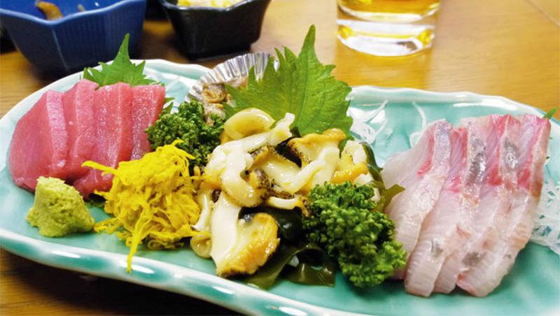 吃綜合生魚片,該先吃白身魚、貝類...還是赤身魚?12個日本居酒屋不主動說的秘密