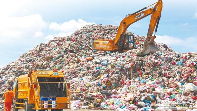 全台378掩埋場剩餘容量僅12%!焚化爐5年屆齡 垃圾無處去