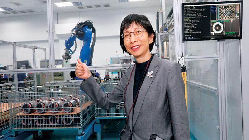 幫摩斯研發泡咖啡、送餐的機器人 全球第3大馬達廠東元:好險當初有轉型