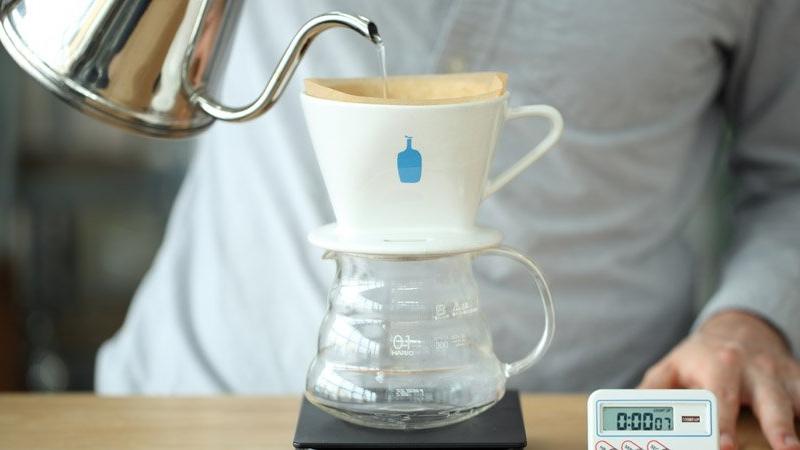 「藍瓶咖啡」即將在台灣開店!從5坪大店面賣到遍布全球,研發人:剛開業時我每天烘豆瘦了18kg