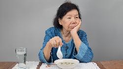 抱怨,只會讓你看不見眼前的美麗...一個導遊從台灣大媽身上看見:挑剔、愛批評,其實非常膚淺