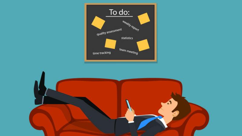 一個40歲經理的苦惱:年輕員工老是「達低標」就交差...企業訓練專家:這是主管的問題