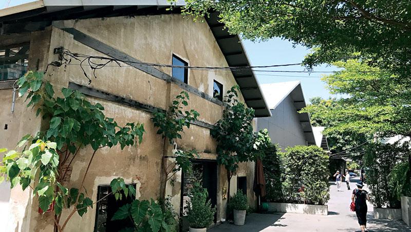 The Jam Factory是泰國建築設計奇才班那(Duangrit Bunnag)所開創打造。