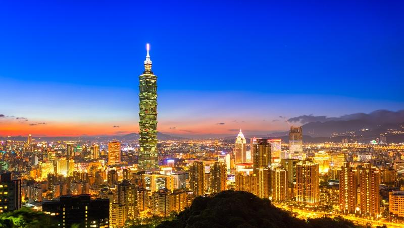 從半導體到面板廠,都被中國取代...台灣科技業是仰賴政府的「媽寶」,難怪留不住人才